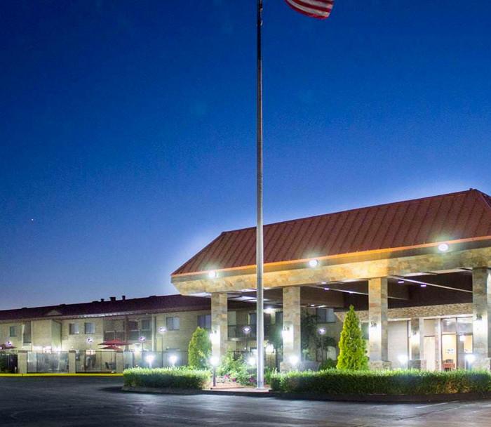 Best Western Lakefront Hotel